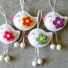 Felt Crafts, Easter Crafts, Kids Crafts, Fabric Crafts, Diy And Crafts, Easter Gift, Easter Decor, Stick Crafts, Cardboard Crafts