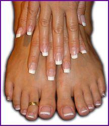 My favorite, french pedicure/manicure Manicure Y Pedicure, Mani Pedi, Pedicure Ideas, Pedicure Colors, Nail Ideas, French Nails, French Tip Toes, French Tip Pedicure, French Pedicure Designs