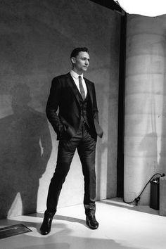 身長187cm...!英俳優トム・ヒドルストン。トム・ヒドルストンの作品。