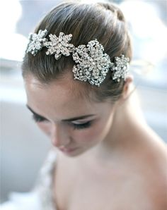 Enchanted Atelier Sophie can be worn as a headpiece, necklace or sash.