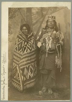 Comanche John (the son of Blue Knife) and his wife - Mescalero Apache - 1886 Native American Beauty, Native American Photos, Native American Tribes, American Indian Art, Native American History, American Symbols, Native Indian, Apache Indian, Red Indian