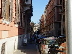 A normal narrow street in Rome