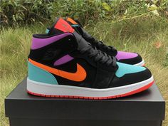 This jordan 1 Black/Multi-Color brings full-court style and premium comfort to an iconic look. Its Air-Sole unit cushions play on the hardwood and the padded collar offers support for your ankle… Jordan Shoes Girls, Girls Shoes, Nike Jordan Shoes, Nike Jordans Women, Nike Air Jordans, Souliers Nike, Zapatillas Nike Jordan, Nike Shoes Air Force, Air Force Jordans