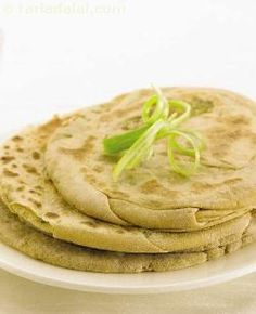 Try these tasty parathas, stuffed with roasted besan and simple yet tasty spices like green chillies. Whole wheat flour is a healthy option over refined flour as it is rich in fibre, iron and vitamin b complex.