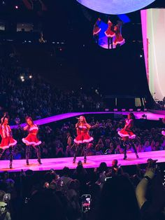 Ariana Grande Fotos, Ariana Tour, Ariana Grande Pictures, Ariana Geande, Ariana Grande Concert, Ariana Video, Ariana Grande Sweetener, Bae, Ariana Grande Wallpaper