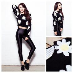 Daisy Crop Jumper Black... £25.00 <3