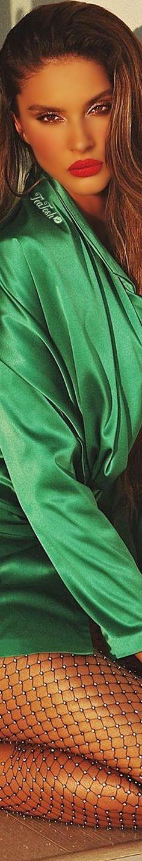 ❈Téa Tosh❈ Oriola Marashi #oriolamarashi  #teatosh Color Shades, Shades Of Green, Doja Cat, She Was Beautiful, Green Silk, Green Fashion, Swimwear Fashion, Amazing Women, Outfit Of The Day