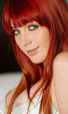 https://i.pinimg.com/236x/4d/c4/06/4dc406dfe5d373f2d2f08ee3f0bbd8a9--pretty-redhead-redhead-girl.jpg