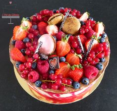 Entremet chocolat & fruits rouges