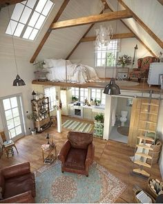 Here are 40 of our best picks for most beautiful loft living spaces! Read what is a loft apartment and loft style. Get ideas for your loft homes. Sweet Home, Tiny House Living, Bus Living, Living Room, Cottage House, Tiny House Closet, Tiny House Bedroom, Small House Interiors, Log Cabin Bedrooms