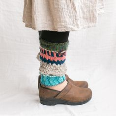 レッグウォーマー|編み物キットオンラインショップ・イトコバコ Woolen Socks, Drops Design, Knitting Socks, Sock Shoes, Leg Warmers, Lana, Macrame, Footwear, Crochet
