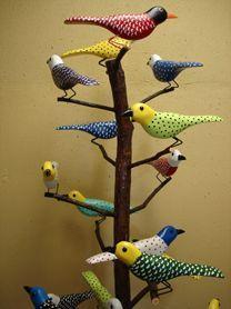 FOLK ART BIRDS & BIRD TREES on Pinterest | Painted Birds, Bird ... Bird Nest Craft, Bird Crafts, Clay Crafts, Clay Birds, Ceramic Birds, Ceramic Art, Bird Sculpture, Sculptures, Quilling Paper Craft