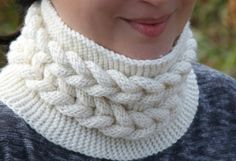 (6) Name: 'Knitting : Knitting Pattern - 3D Bulky Cable Cowl