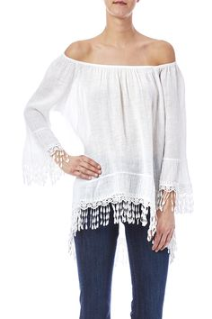 White linen top with 3/4 sleeves and an elasticized off shoulder neckline. Features a scallop fringe trimmed hemline.   Linen Off Shoulder Top by Tempo Paris. Clothing - Tops - Long Sleeve Clothing - Tops - Blouses & Shirts Cleveland, Ohio