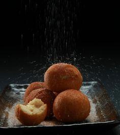 Λουκουμάδες με κατσικίσιο τυρί, ζάχαρη και κανέλα | Γιάννης Λουκάκος