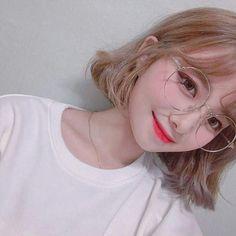 My gavorite korean girl Cute Korean Girl, Asian Cute, Asian Girl, Korean Beauty, Asian Beauty, Korean Ulzzang, Ulzzang Girl Selca, Uzzlang Girl, Girl Short Hair