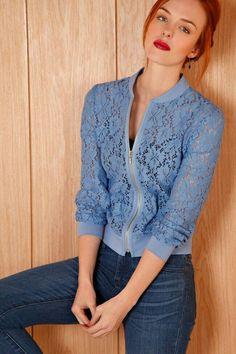 Blouses for women – Lady Dress Designs Lace Blazer, Lace Jacket, Jacket Style, Look Fashion, Womens Fashion, Fashion Design, Mode Chanel, Mode Top, Jackett