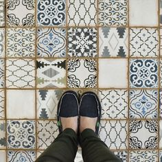 "EliteTile Arquivo 4.88"" x 4.88"" Ceramic Field Tile in Ornate & Reviews | Wayfair"
