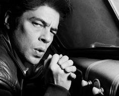 Benicio Del Toro par John Rankin
