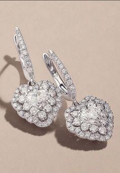 686347529 Diamond Dreams, Ring Bracelet, Wattpad Stories, Bridal Jewelry, Jewelry  Collection, Ear