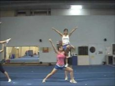 Cheerleading Stunt: Thigh Stand Liberty - YouTube Easy Cheer Stunts, Cheerleading Pyramids, High School Cheerleading, Cheerleading Uniforms, Cheer Formations, Cheer Flyer, Basket Toss, Youth Cheer
