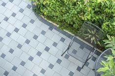 50 Brick Patio Patterns, Designs and Ideas Concrete Stepping Stones, Brick Paving, Paving Ideas, Landscaping Ideas, Interlocking Pavers, Brick Projects, Paving Pattern, Paving Design, California Garden