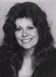 Ann Wedgeworth (born January is an American character actress, known for her roles as Lana Shields in Three's Company and Merleen Elldridge in Evening Shade. Three's Company, Thing 1, Special Pictures, I Love Lucy, Vintage Tv, Golden Girls, Another World, Special People, Actress Photos