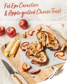 Découvrez Fol Epi Caractère dans une version délicieusement fondante avec cette recette de toasts croustillants aux pommes grillées et oignons caramélisés
