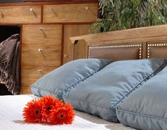 How to choose a mattress http://homesteadfurnitureonline.com/blog_mattress.html