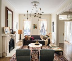 Continuing my crush on Brooklyn townhomes is this stunner designed by Elizabeth Bolognino . The...