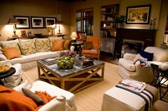 """Love the living room from the """"It's complicated"""" house. It's so relaxed, warm and elegant."""