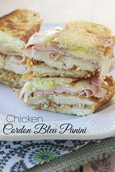 Sandwich recipes 6333255704469706 - Chicken Cordon Bleu Panini – Breaded chicken breasts with melted provolone cheese and thinly sliced ham on a hot-pressed sandwich. Source by butiflflwr Panini Sandwiches, Wrap Sandwiches, Panini Bread, Panini Sandwich Recipes, Best Panini Recipes, Sandwich Menu, Panini Maker, Kitchen Recipes, Cooking Recipes