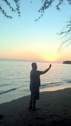 My ohanas favorite spot;) only on Maui!! Love my home!