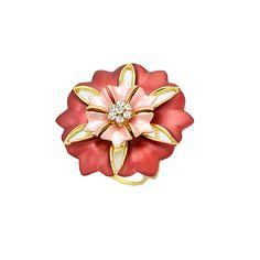 Luxusný prstenec na šatky a šály v tvare veľkého nádherného kvetu, ktorý dostal pomenovanie Kvet zeme. Prsteň sa skladá zo šiestich veľkých a šiestich menších lístkov. Kvet ako taký tvorí skupina žiarivých kamienkov.  Prsteň na šatky obsahuje trojitý krúžok na zadnej strane, aby bolo možné uviazať ho na hodvábnu šatku alebo šál. Prsteň na šatky je vyrobený z kvalitných materiálov (zliatín), ktoré sú následne pozlátené.
