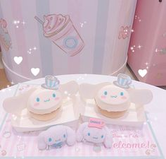🌈 Sanrio Puroland's visitors get to taste a piece of heaven at the Cinnamoroll Dream Cafe! ☕️ They serve these fluffy-looking Cinammoroll cheesecake treats. Too cute to eat but too hard to resist! Baby Pink Aesthetic, Aesthetic Food, Aesthetic Anime, Kawaii Cooking, Hello Kitty House, Kawaii Dessert, Kawaii Room, Cute Desserts, Wallpaper Iphone Cute