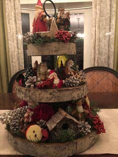 Primitive Christmas, Country Christmas, All Things Christmas, Christmas Themes, Christmas Wreaths, Christmas Crafts, Christmas Christmas, Christmas Centerpieces, Xmas Decorations