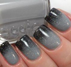 Black ombré nails