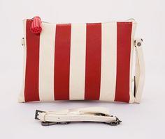 Belle Clutch Korean Bag, cantik trendy. Tali rantai panjang dan tali pendek samping. Warna merah. Uk 27x19