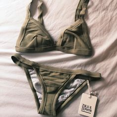 green with envy that i don't already own this 'kini