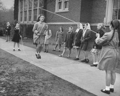 Playground Jump Rope with multiple children.To this day, among my fondest of memories.Teddy Bear, Teddy Bear, turn around.My students STILL loved jumping rope even into the before I retired! My Childhood Memories, Great Memories, Nostalgia, Vintage Photographs, Vintage Photos, School Memories, School Days, Vintage School, Anos 60