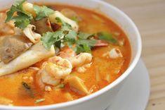 Best Thai Food In La, Jitlada thai Restaurant Ayara thai cuisine Los Angeles, ca - CueThat Thai Recipes, Seafood Recipes, Asian Recipes, Gourmet Recipes, Healthy Recipes, Bouillon Fondue, Salvadoran Food, Eat Thai, Best Thai Food