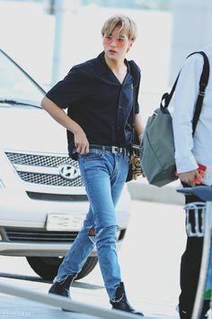 Fashion Idol, Kpop Fashion, Korean Fashion, Airport Fashion, Jaehyun, Nct 127, Nct Group, Nct Johnny, Airport Style