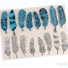 El placer de carvar Gorgeous feather lino cuts can be used for stationary, fabric, gift paper, and wallpaper designs. prints Sellos hechos a mano by Sami Garra Gelli Printing, Stamp Printing, Printing On Fabric, Screen Printing, Stylo 3d, Art Texture, Eraser Stamp, Stamp Carving, Handmade Stamps