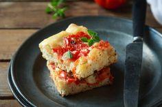 La focaccia senza impasto: bianca o con i pomodori, semplice e veloce - Con le mani in pasta