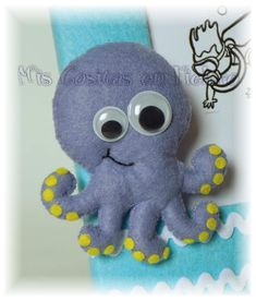 MARCO PORTAFOTOS BREIXO CON NIÑO BUCEADOR Y PULPO Dinosaur Stuffed Animal, Felt Baby, Octopus, Diy, Animals, Puppets, Feltro, Felt Brooch, Crafts For Kids