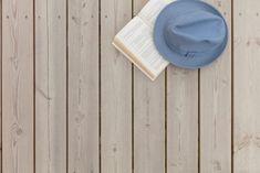 Terrasse: Trebitt Terrassebeis 9072 Naturgrå. Hytte: Jotun 0182 Perlegrå. Panama Hat, Cowboy Hats, Live, Beige, Patio, Panama
