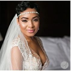 Bride beauty. | http://mysweetengagement.com/galleries/bridal-makeup