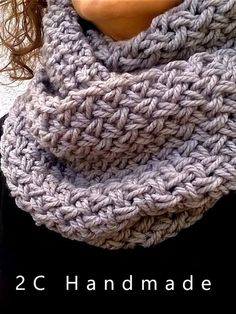 Have to translate the page to find out what that stitch was Crochet Quilt, Knit Or Crochet, Crochet Scarves, Crochet Stitches, Baby Hats Knitting, Loom Knitting, Knitted Hats, Infinity Scarf Knitting Pattern, Knitting Patterns