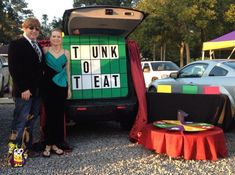 7 Fun Trunk-or-Treat Ideas With a Christian Twist - Food for the Hungry - Food for the Hungry Halloween Trick Or Treat, Couple Halloween, Halloween Treats, Halloween Party, Halloween Carnival, Halloween Festival, Halloween Games, Halloween 2017, Halloween Stuff