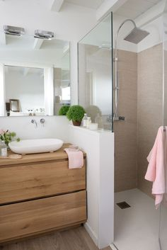 Bathroom with shower cabin - . - cabin - Badezimmer mit Duschkabine – – Bathroom with shower cabin – … – cabin Bathroom Renos, Bathroom Layout, Bathroom Interior Design, Remodel Bathroom, Shower Bathroom, Budget Bathroom, Shower Door, Basement Bathroom, Half Wall Shower
